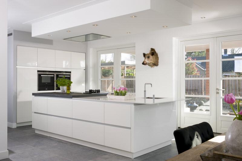 Grijze Keuken Modern : Keukenstudio stoof moderne keukens